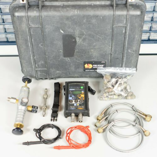 Crystal IS33 36/3000Psi Pressure Calibrator With Pump And Extras