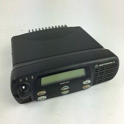Motorola Cdm1250 Aam25skd9aa2an 2-way Radio