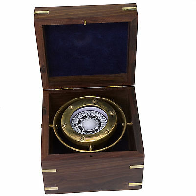Messing Kompass kardanische Aufhängung in der Holzbox Navigation Maritim Schiff