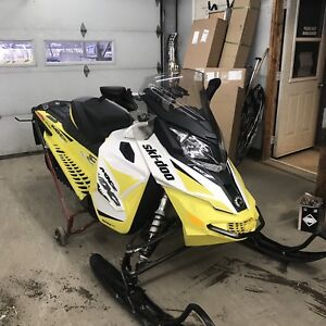 2018 skidoo 1200 TNT with one year warranty