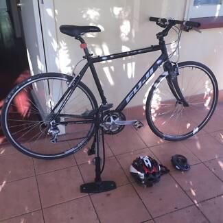 "Fuji roadbike/hybrid, Absolute 2.0, 21"" (M/L) West End Brisbane South West Preview"