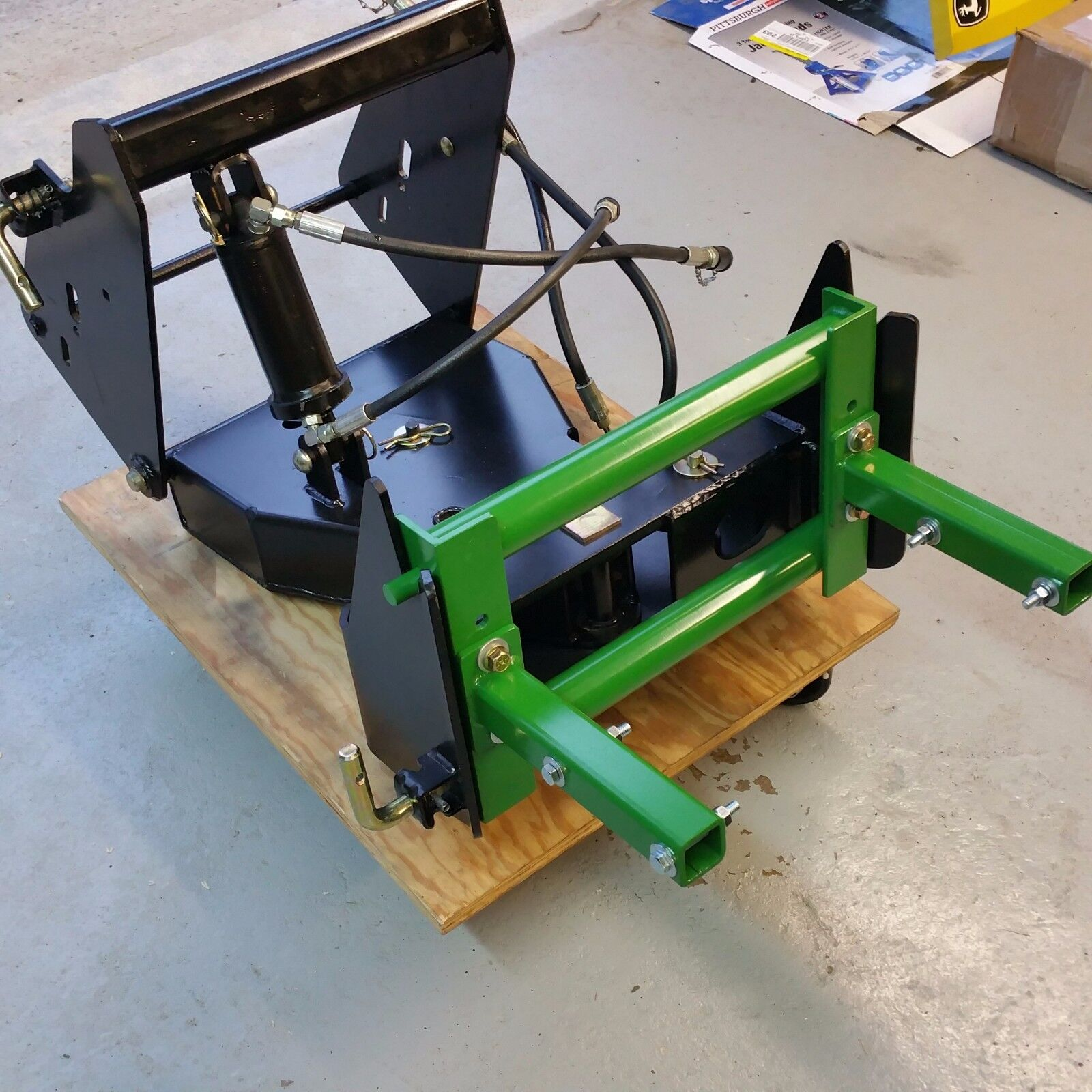 Photo CUSTOM De-Thatcher Bracket fits John Deere Quick Hitch X700 series & 4x5 series