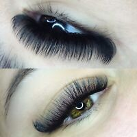 Daytime new client opening eyelash extensions