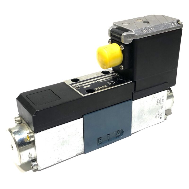 ^ Bosch Rexroth 0811404153 Solenoid Directional Control Valve