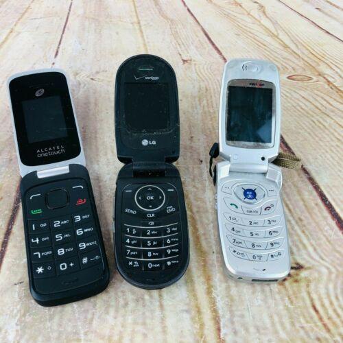 3 vtg flip phones for parts