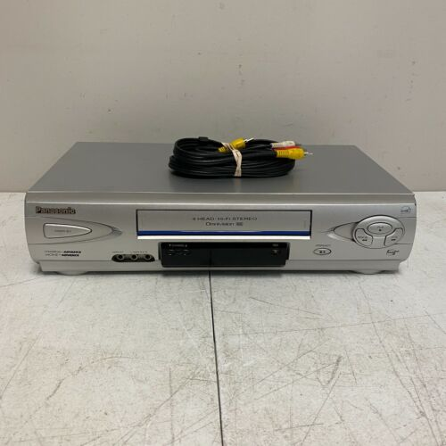 Panasonic Omnivision PV-V4612S 4-Head Hi-Fi Stereo VCR VHS Player Tested Works