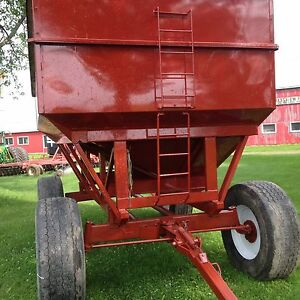 GRAVITY WAGON FOR SALE