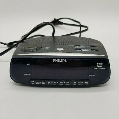 Philips AJ3220 Dual Alarm Clock Radio 12 Hour Display - See Description