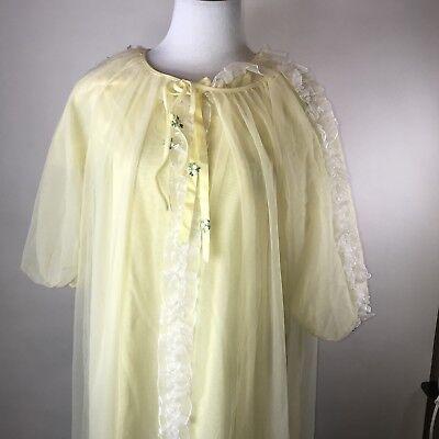 Shirley Lace Robe (Vtg 60's 2 Piece Yellow Lace Peignoir Nightie Robe Ruffles Sheer Overlay Shirley )