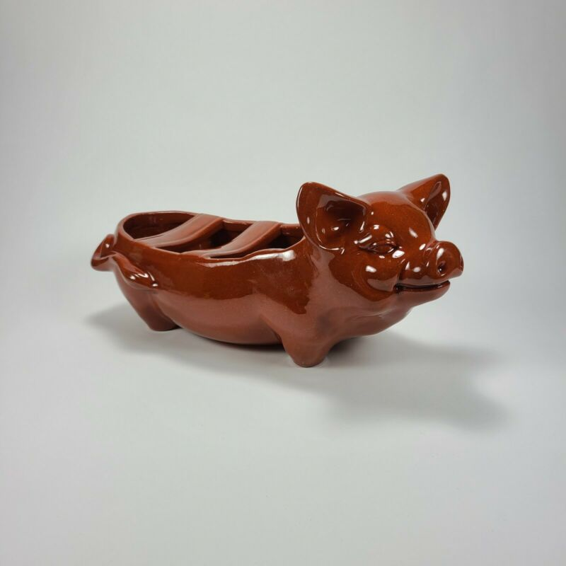Redware Happy Pig Tabletop Grill