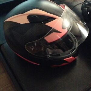 Ladies Medium Motorcycle Helmet & Gloves..$80..No hold