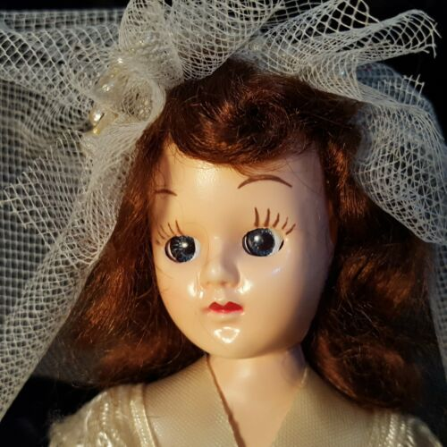 """Vtg 1950s Rotating-Musical 9"""" BRIDE DOLL Plays """"HERE COMES THE BRIDE"""" Music Box"""