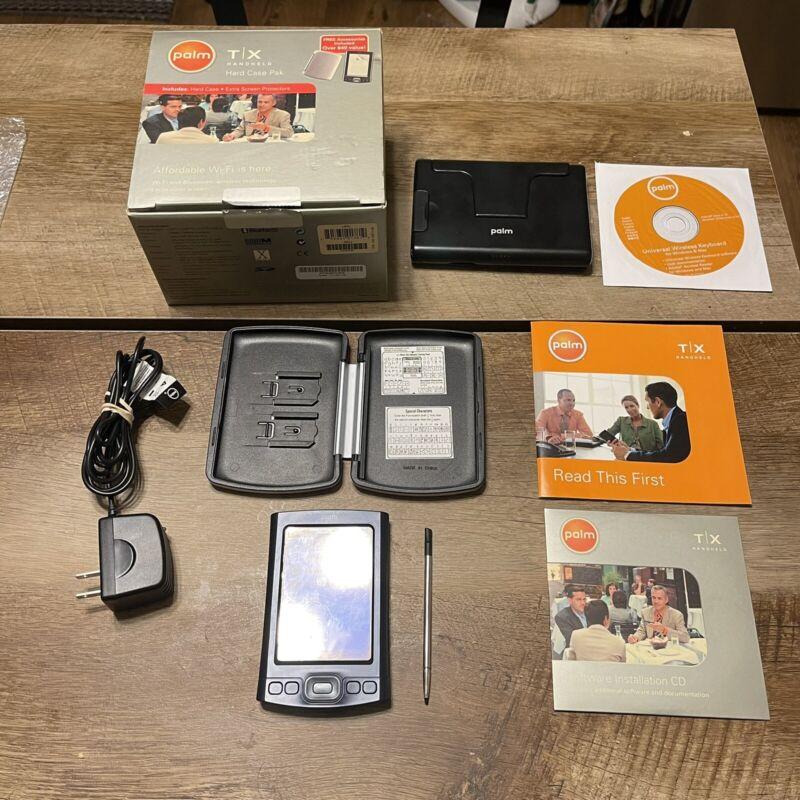 Palm T X Handheld PDA Organizer w / Stylus, AC Adapter, disc Works