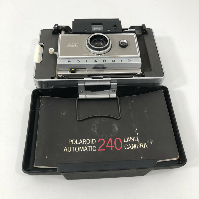 Vintage Polaroid Automatic 240 Land Camera w/Case & Extras UNTESTED