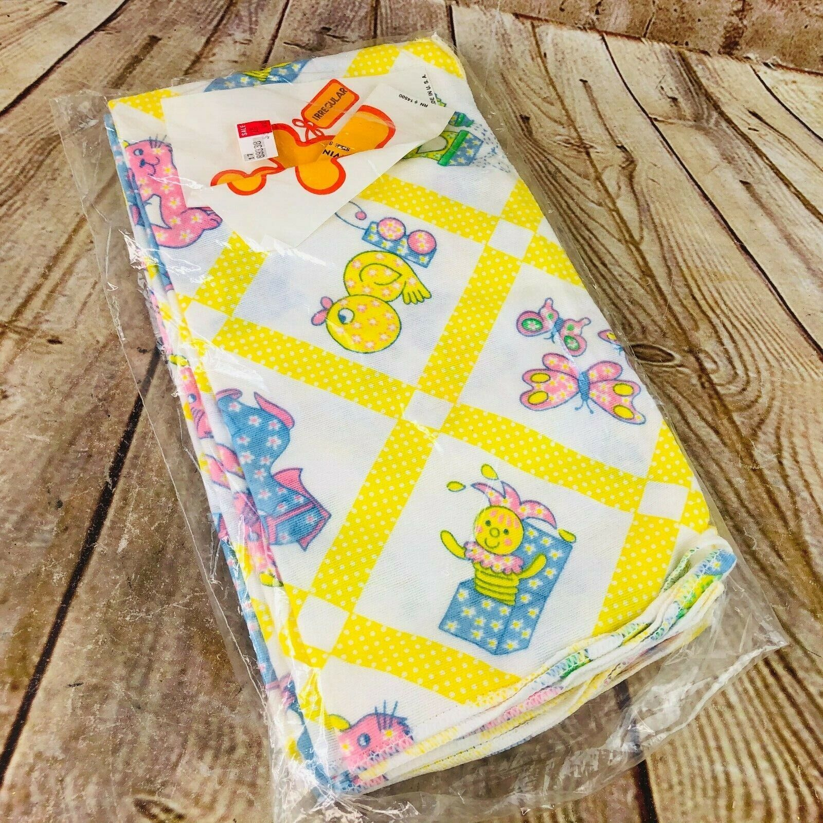 """Vtg pack of 2 baby receiving Blankets 30"""" x 30"""" USA made 100% Cotton Ducks trai"""