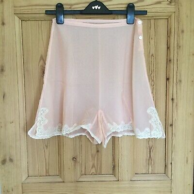 Genuine Vintage Pink Lace Trimmed French Knickers