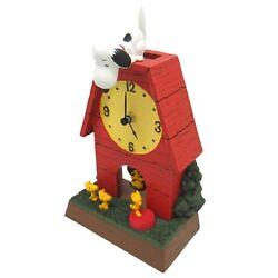 SNOOPY PEANUTS vintage style classy house Wood stock table pendulum clock New