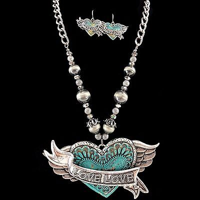 - Western LOVE Turquoise Bauble and Beads Winged Heart Pendants Necklace Earrings