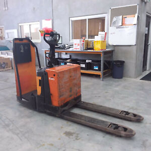 BT LPE200 BT LPE200 Rider Pallet Mover Pallet Truck Luscombe Gold Coast North Preview