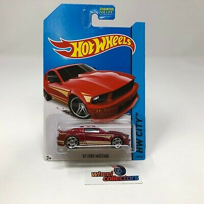 '07 Ford Mustang #95 * RED * 2014 Hot Wheels * ZC23