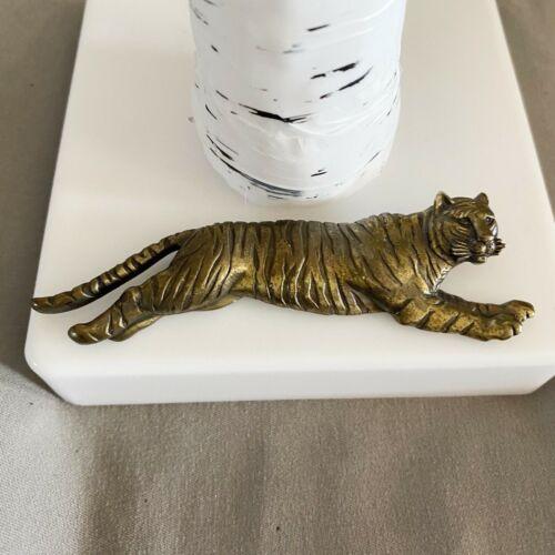 JJ Jonette Jewlery Vintage Brass Tone Leaping Tiger Lapel Pin Brooch