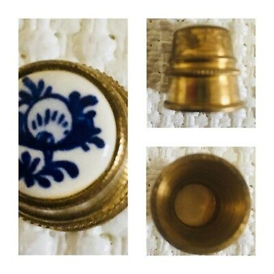 Vintage Thimble Gold Metal With Porcelain Delft Top Tip Design Collectable Rare