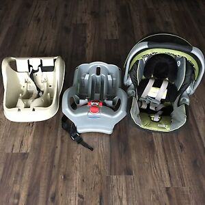 Graco snugride 35 car seat w/ 2 bases