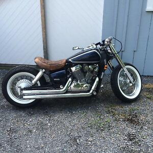 Honda shadow bobber 750