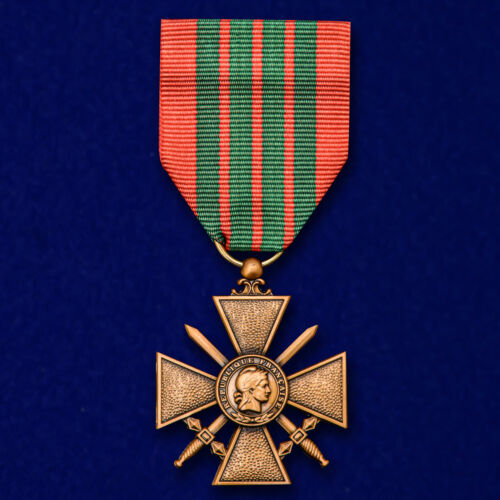 MEDAL CROSS FRANCE FRENCH MILITARY COPY REPLICA SECOND WORLD WAR 2 WW 2