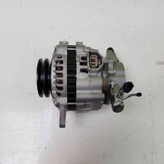 Mitsubishi Triton ML 4D56T Alternator 2.5Lt 4cyl Diesel Engine