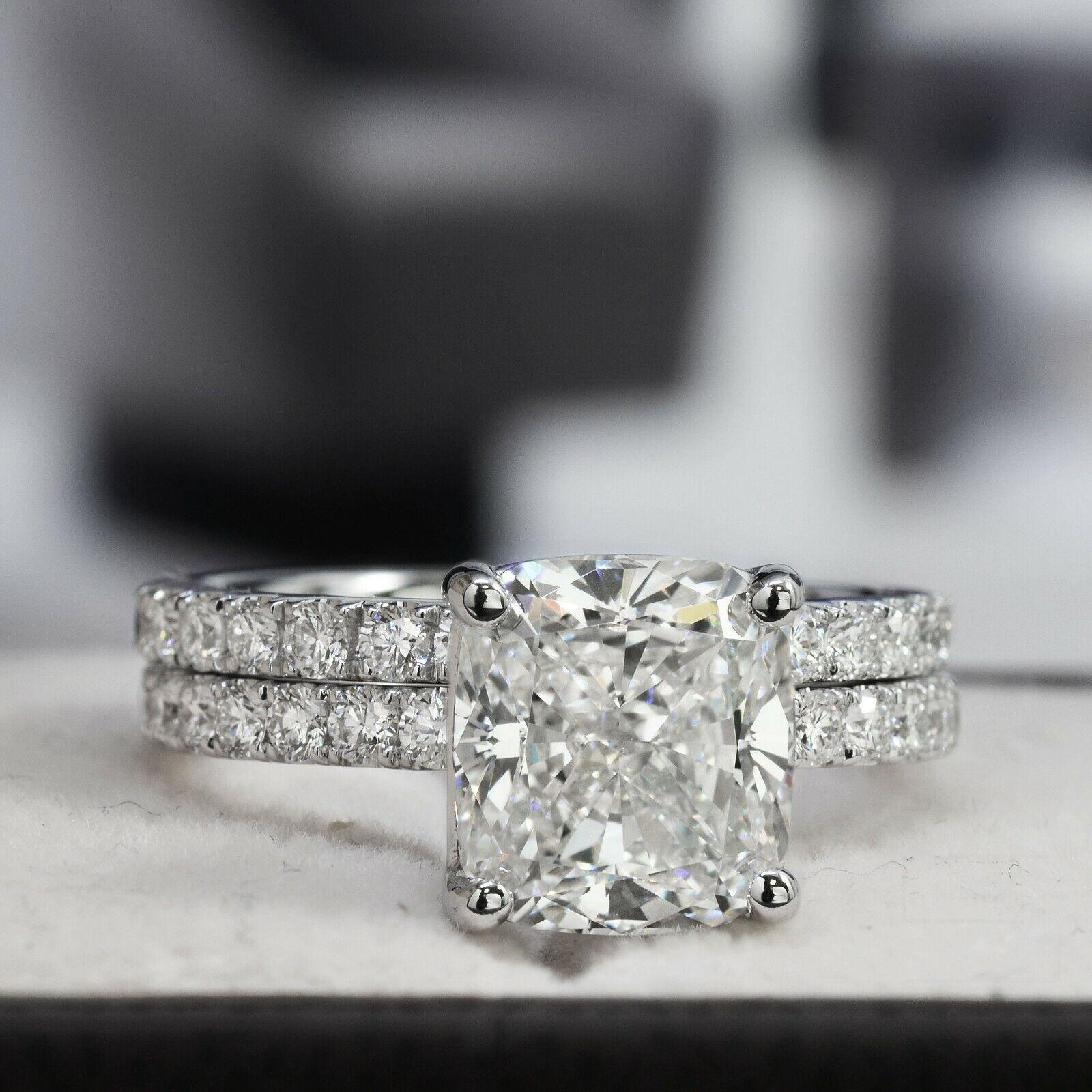 Dazzling 2.10 Ct. Cushion Cut Diamond Engagement Ring Bridal Set GIA Certified 4
