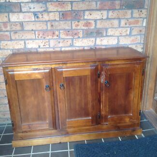 Timber Cabinet Mount Riverview Blue Mountains Preview