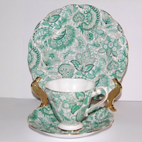 Royal Standard China England 3pc Plate Tea Cup & Saucer Set Green Paisley #1445