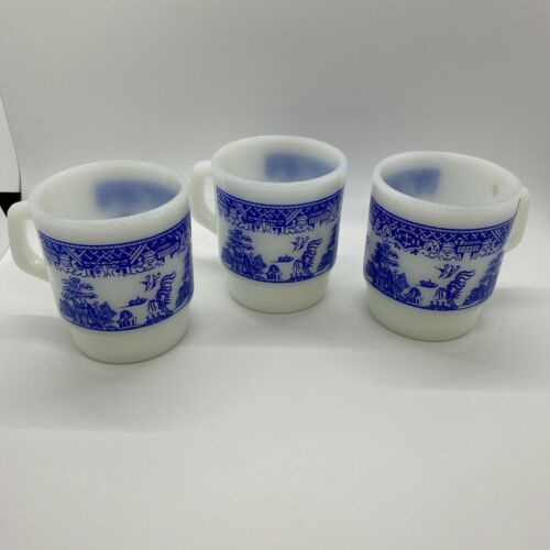 3 - Vintage Anchor Hocking - Fire King - Blue Willow Stackable Coffee Cups/Mugs