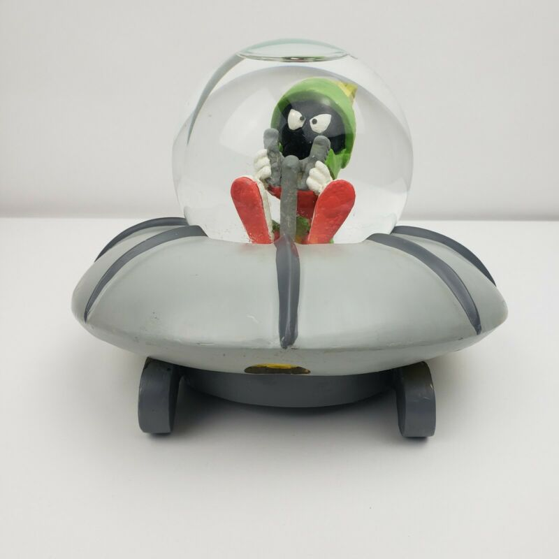 Vintage 1994 Warner Brothers Marvin The Martian Snowglobe With Box