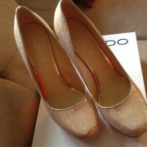 Aldo gold shoes great for new year wedding, party