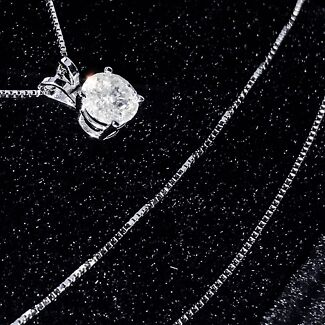 SALE! WAS $11,000! 14k white gold 1/2 carate diamond necklace