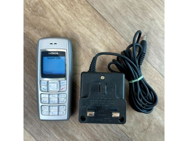 Nokia 1600 Silver Mobile Phone, with Genuine Charger RH-64, Tested Working