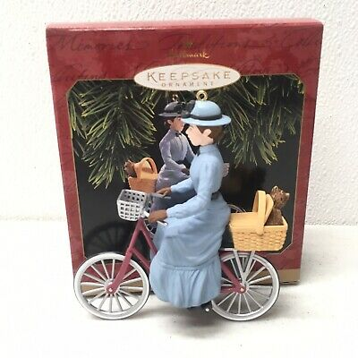 Miss Gulch hallmark christmas ornament Wizard of Oz Toto 1997 QX6372