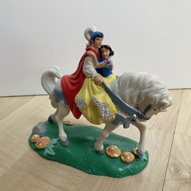 Disney Snow White & Prince on Horse PVC Figure by Applause