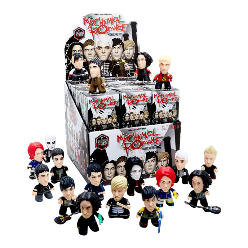 MCR Collection 2017 TITANS My Chemical Romance 18 Figure Display Case Set