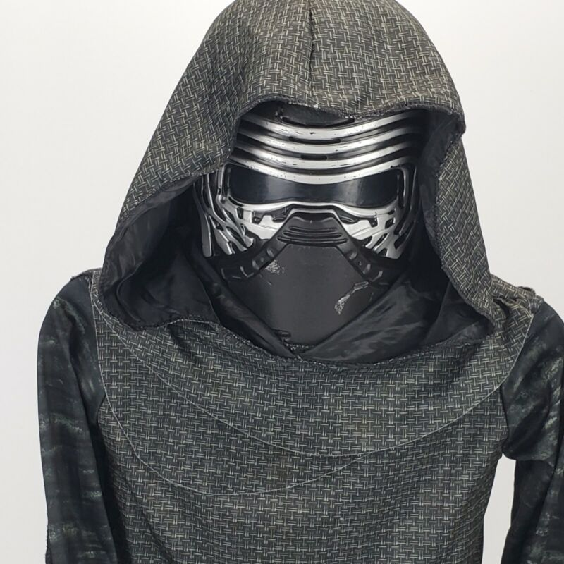 Star Wars Kylo Ren Halloween Costume,  Hooded Robe & Voice Changing Mask~ Kids M