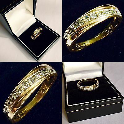 Superb Quality 9ct Gold Size M Ring With 12 Beautifully Cut High Grade Diamonds