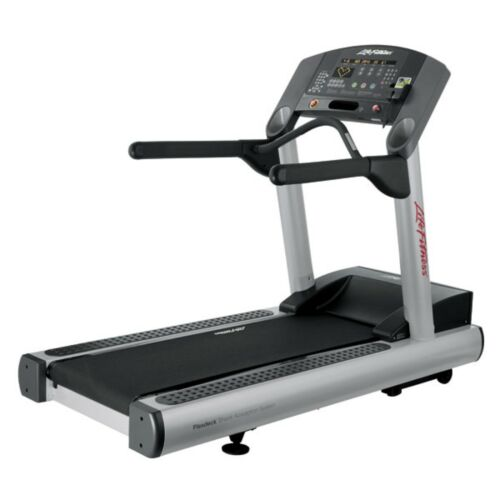 Life Fitness CLST Integrity Series Treadmill - Fully Refurbished!