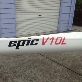 Epic V10L ocean racing ski