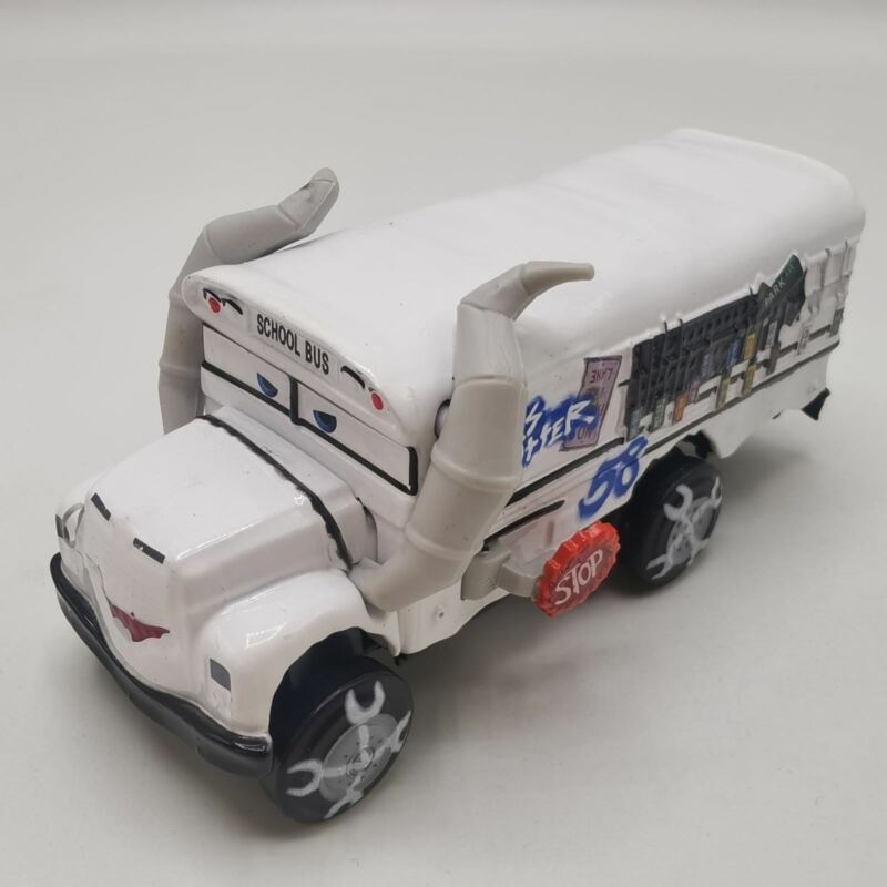 Cars Movie Toys School Bus Miss Fritter White Diecast Toy Car 1:55 Scale Loose