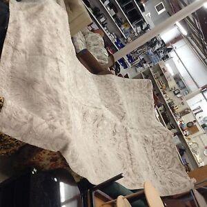 Ethan Allen silk rug regular retail over $3000.00