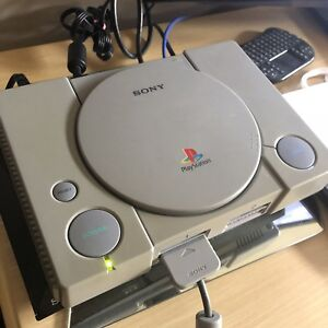 Sony PlayStation 1 (PS1) BUNDLE + 3 GAMES