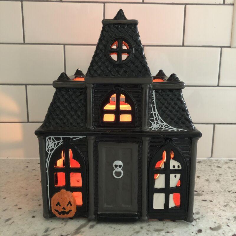 Bath & Body Works 2010 Slatkin Black Halloween Haunted House Candle Luminary