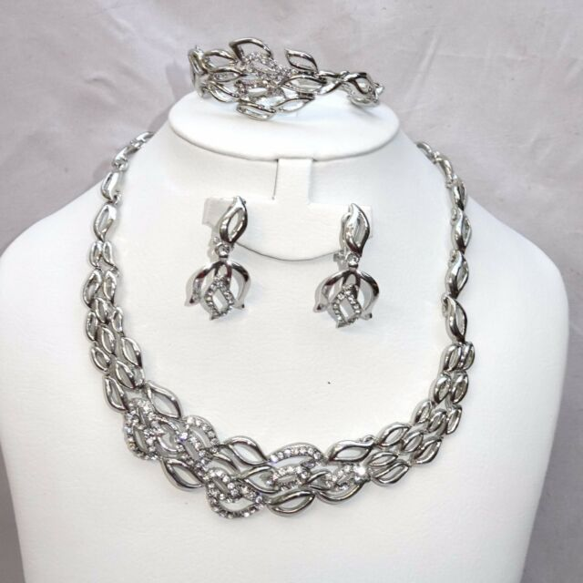 Beautiful Flower Silver Crystal Flower Costume Fashion Party Bridal Necklace Set